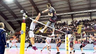 Video TOP 20 Best Volleyball Quick Spikes MP3, 3GP, MP4, WEBM, AVI, FLV Mei 2018