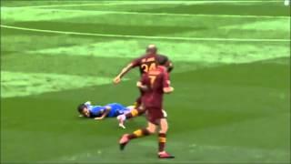 Những Tình Huống Hài Hước Trong Bóng đá 2013