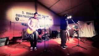 "Download Lagu [3sixty] - ""Ona ne zna"" live@Festival mladih, Dugo Selo 2010 HD Mp3"