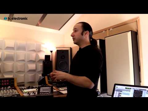 Interview with Maor Appelbaum on how he started mastering music, who he has worked with and the System 6000.  Links to algorithm videos with Maor Appelbaum:  MD3: http://youtu.be/Y0_WWFftbRw  MD4: http://youtu.be/C-bOA-82hlI  Brickwall limiter: http://youtu.be/8rH6kZK2CIQ  De-Esser http://youtu.be/D0G2OtwLUAQ