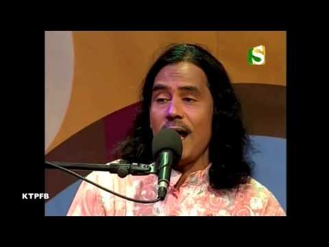 Video Baul Siraj Uddin: Ki Maya Lagailere Bondhu. download in MP3, 3GP, MP4, WEBM, AVI, FLV January 2017