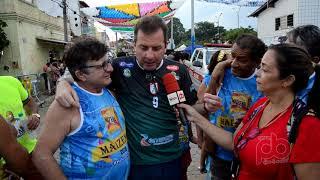 Tyrone é recebido por amigos, blocos carnavalescos na abertura do Sorrifolia em São Gonçalo