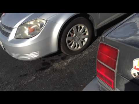 Hilarious Trick To Never Lose Your Car In A Parking Lot