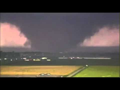 moore - Time Lapse video of the Moore OK Tornado: May 20th 2013. Watch the full destruction to rope and dissipation. As of 9 pm, the death toll was 51, at least 20 w...