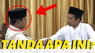 Video MENGEJUDKAN! Ustaz Abdul Somad Bertemu Prabowo MP3, 3GP, MP4, WEBM, AVI, FLV April 2019