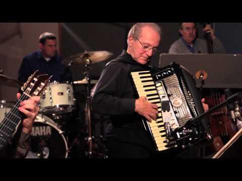 Joe Soprani: Soft Summer Breeze (видео)