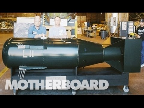 atomic - John Coster-Mullen is a truck-driver with minimal college education who taught himself how to build the most detailed replica of an A-bomb ever made.