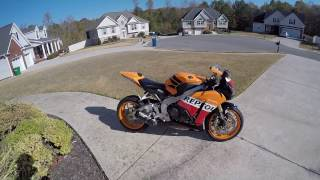 1. 2013  CBR1000RR Repsol quick ride to my gym