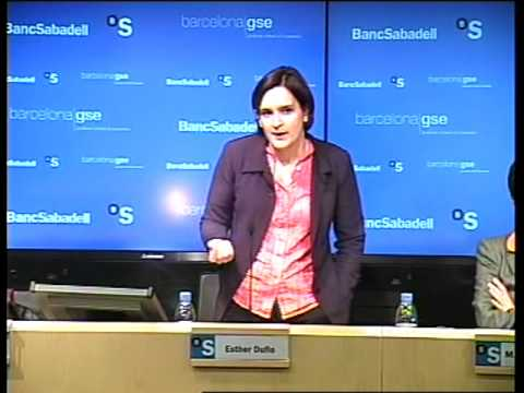 Esther Duflo spricht in Barcelona Wirtschaftsvorlesung Teil 2/8