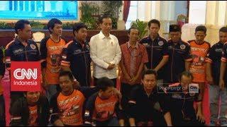 Video Presiden Jokowi Kedatangan Sopir Truk 'Curhat' Soal Pungli MP3, 3GP, MP4, WEBM, AVI, FLV Mei 2018