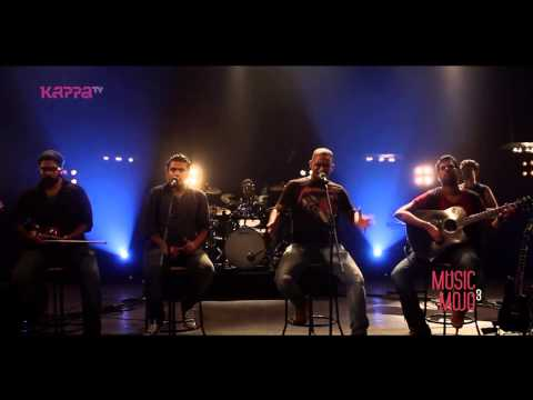Tekst piosenki Thaikkudam Bridge - Nothing else Matters po polsku