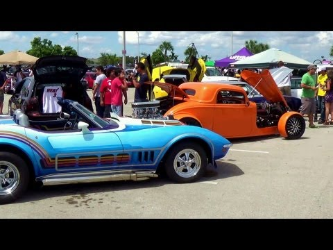 Muscle cars Tuning cars and more at Miami Import Revolution car show