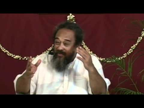 Mooji Video: In Every Moment You Have Two Real Choices