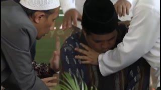 Video Inalillahi Wainailaihi Rojiun,!! Detik Detik Qori Ustadz Ja'far Meninggal Saat Baca Al-Quran MP3, 3GP, MP4, WEBM, AVI, FLV Mei 2017