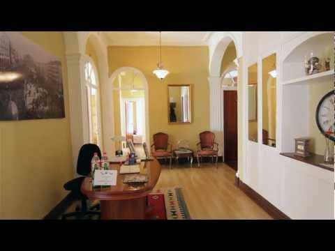 Video of Plaza Pombo B&B La Corza