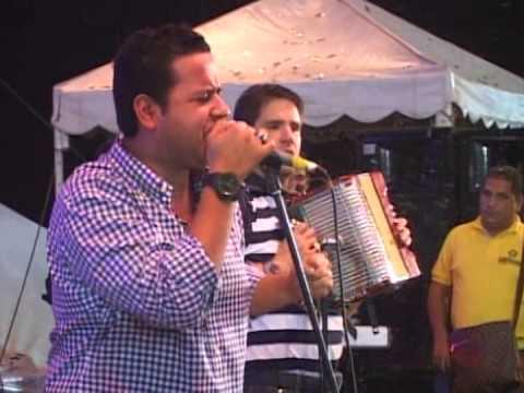 Ella Tu Amiga (vivo)  Martin Elias Y Juancho