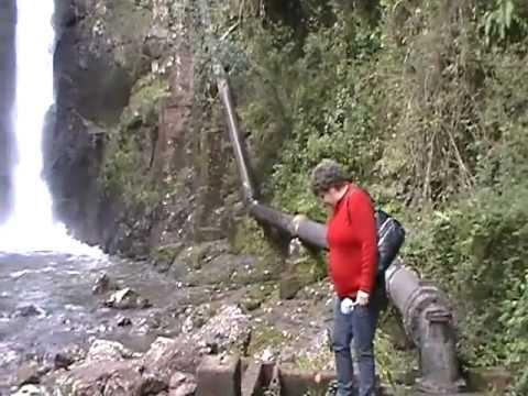 cachoeira em Campo Alegre.