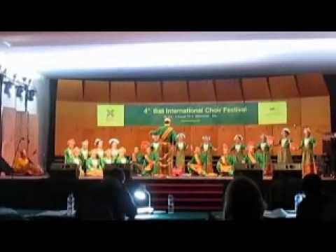 PITCH CHOIR UNM - 4thBICF 2015 DI BALI