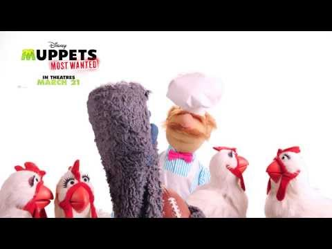 Muppets Most Wanted (Promo 'Big Game Huddle')