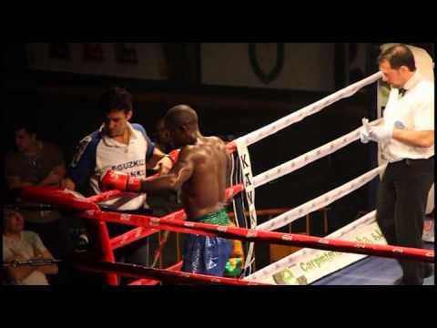Velada K1 Supermedio Crisian Torres vs Oliver Thinda.