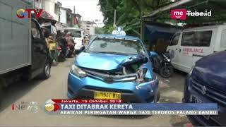 Video Na'as! Mesin Mati saat Melintasi Rel Kereta, Taksi Ditabrak KRL hingga Ringsek - BIP 20/10 MP3, 3GP, MP4, WEBM, AVI, FLV Oktober 2018