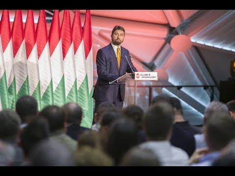 Hidvéghi Balázs: 130 településen 30 ezer emberrel beszéltek közvetlenül.