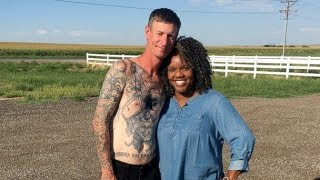 Video Former neo-Nazi removes swastika tattoos after unlikely friendship MP3, 3GP, MP4, WEBM, AVI, FLV Maret 2018