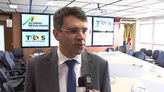 Governo ouve coordenadores de educação e mostra dados da crise do RS
