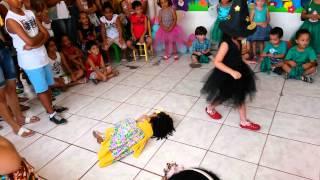 """Video Escolinha  criança feliz """"A linda rosa juvenil """" MP3, 3GP, MP4, WEBM, AVI, FLV Mei 2018"""