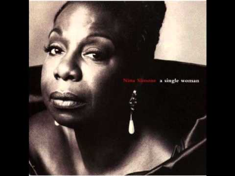 Tekst piosenki Nina Simone - A Single Woman po polsku