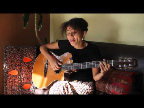 0 VIDEO: Nneka Performs My Home On GinjaTVNneka GinjaTV
