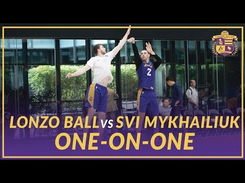 Video: Lakers Practice: Lonzo Ball and Svi Mykhailiuk Play One-On-One After Practice