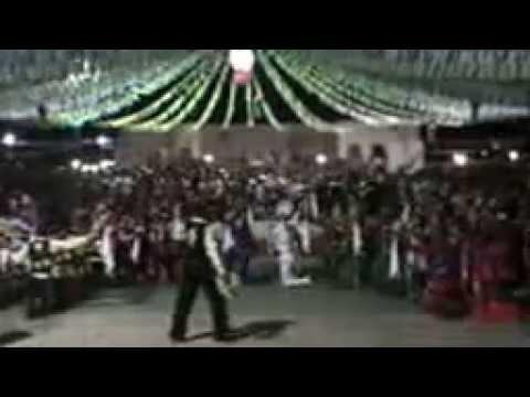 QUADRILHA JUNINA VIRA E MEXE parnarama 2014 part.1