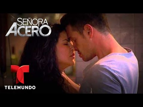 candentes - Mira las escenas más candentes de la novela YouTube: http://www.youtube.com/tldmdnovelas Página Oficial : http://msnlatino.telemundo.com/novelas/Senora_Acero...