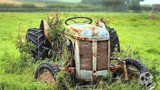 Nonton The Abandoned Farm Tractors 2016. Creepy Old Rusty Tractors. Film Subtitle Indonesia Streaming Movie Download