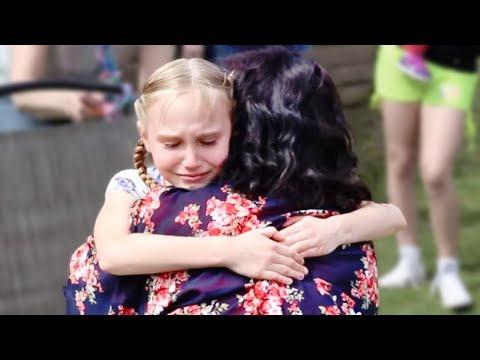 Реакция детей на усыновление: Эти кадры заставят вас плакать!