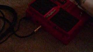 A quick demo of the Digitech Whammy's Detune fucntion! Loop: Epiphone G-310 SG to Digitech Whammy to Dunlop GCB-95F Crybaby Wah to Line 6 Spider III 30W Amp