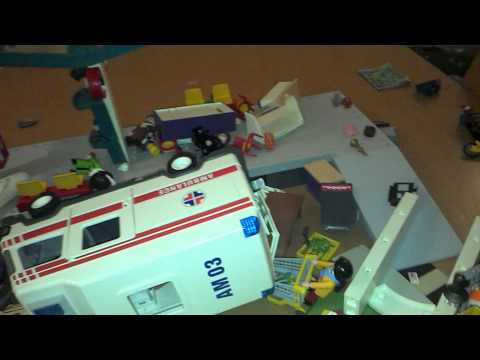 It's a Playmobil Disaster!