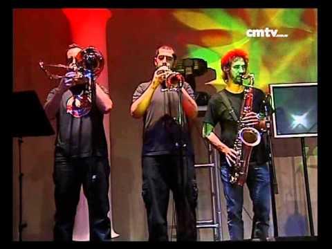 Dread Mar I video Más allá de tus ojos - CM Vivo 19/05/10