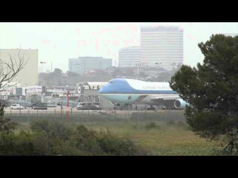 Air Force One Obama at LAX Landing and Take Off May 10-11, 2012