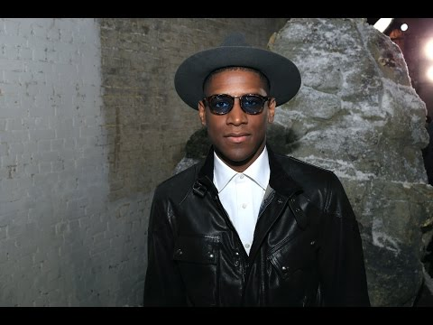 Labrinth – One minute of fashion