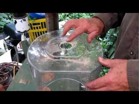 How To Cut Into An Acrylic Container