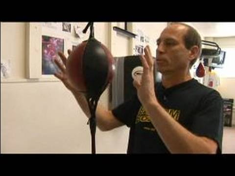 Boxing Training Equipment : Using Double End Bags in a Boxing Gym