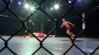 Polak gasi światło w 4 sekundzie pierwszej rundy. Prawdopodobnie rekord MMA