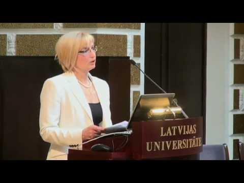 """Veselības ministre """"Sabiedrības veselības attīstība – priekšnoteikums NAP 2014-2020 izvirzīto mērķu realizēšanai""""."""