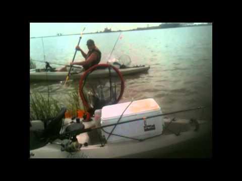 Kayak Fishing 60lb gar on 8lb test in saltwater
