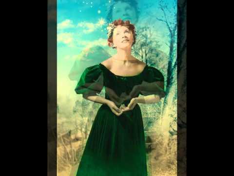 Tekst piosenki Annie Lennox - Angels From The Realms Of Glory po polsku