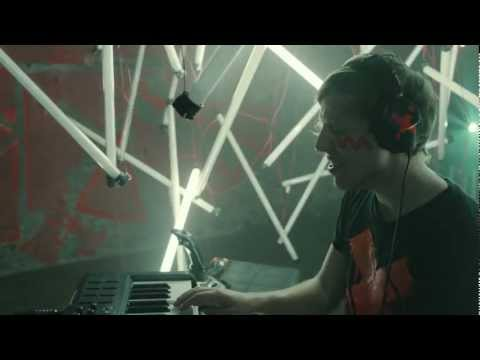 Robert DeLong Global Concepts (OFFICIAL MUSIC VIDEO)