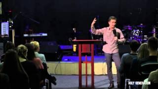 22.11.2015 - Парнюк Р.П. - Участие в поклонении Богу