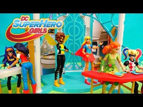 Juguetes y escuela de Superhero Girls - BatGirl intercambia la mente de Harley Quinn y Poison Ivy